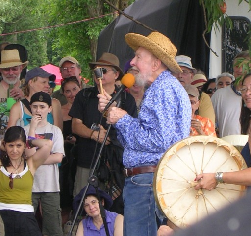 Pete Seeger Wows All Generations