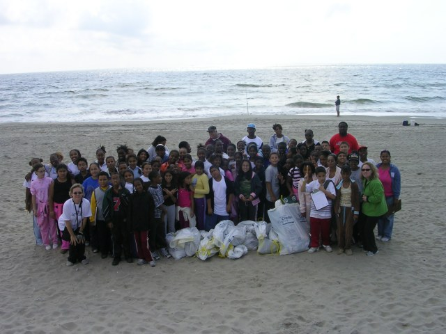 Sixth-graders after beach clean-up, Fall 2006.  Justin Zemser's in the gray t-shirt in front row.